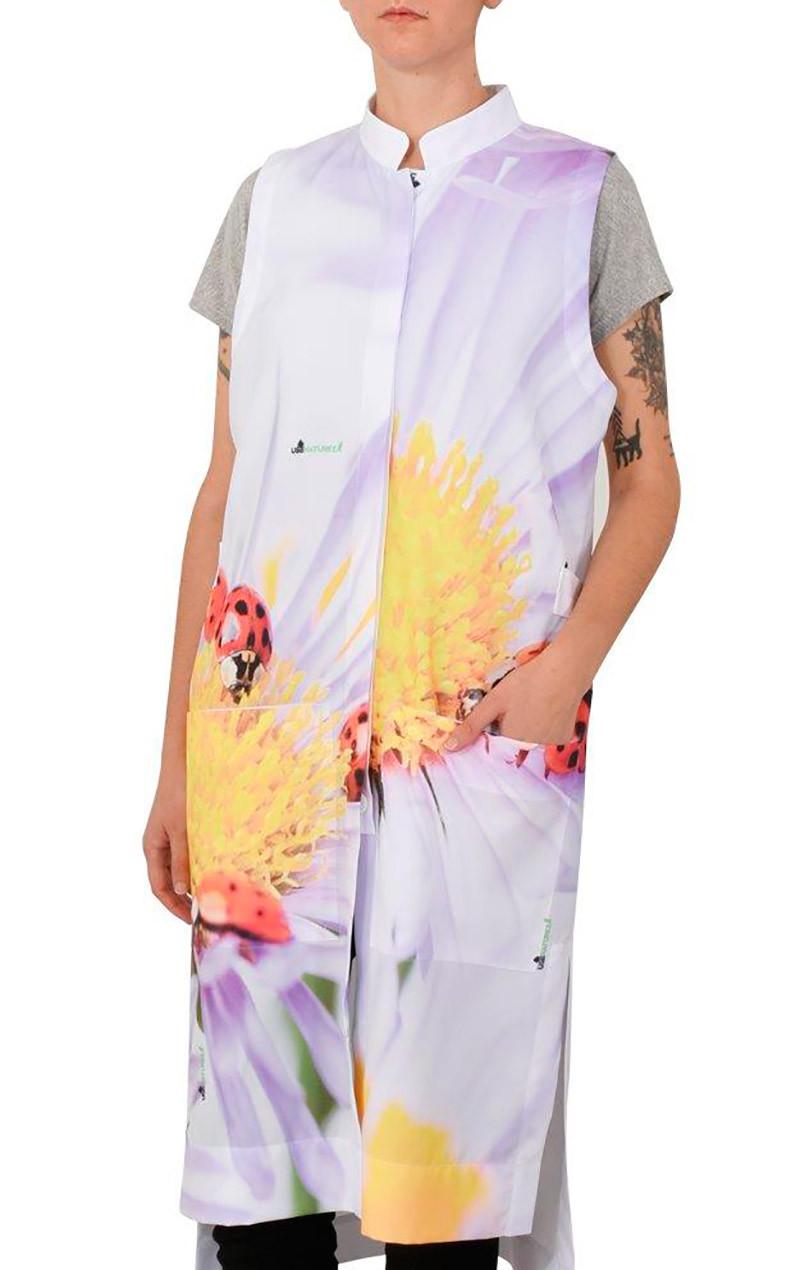 jaleco-uniforme-desenho-flor-amarela-joaninhas-usenatureza