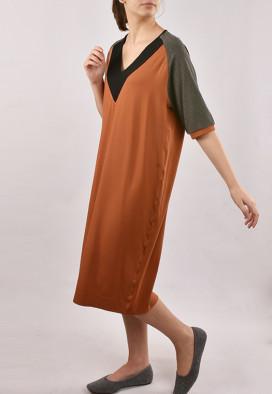 Vestido Raglan Decote V  Canela