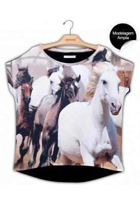 Blusa Premium Quadradasim Cavalo Selvagem