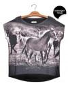 blusa-manga-curta-estampa-cavalos-correndo-usenatureza