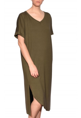 vestido-midi-verde-decote-v